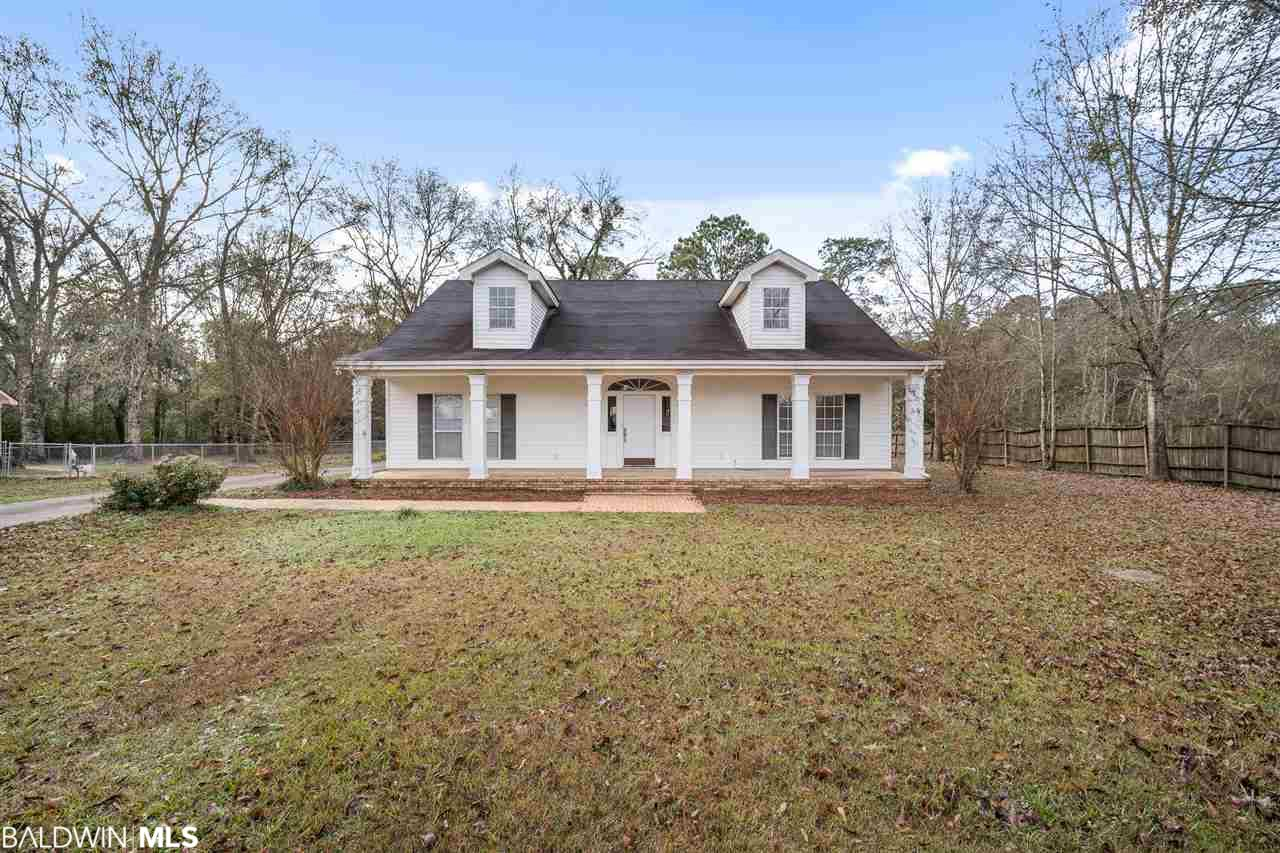 19353 Oak Hillcrest Drive, Robertsdale, AL 36567