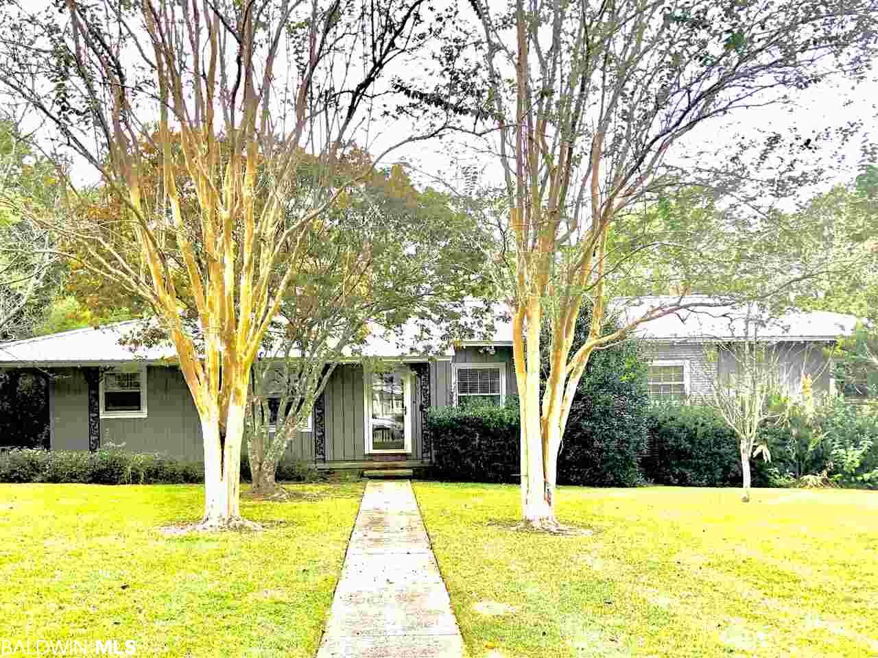 403 Myrtle Avenue, Fairhope, AL 36532