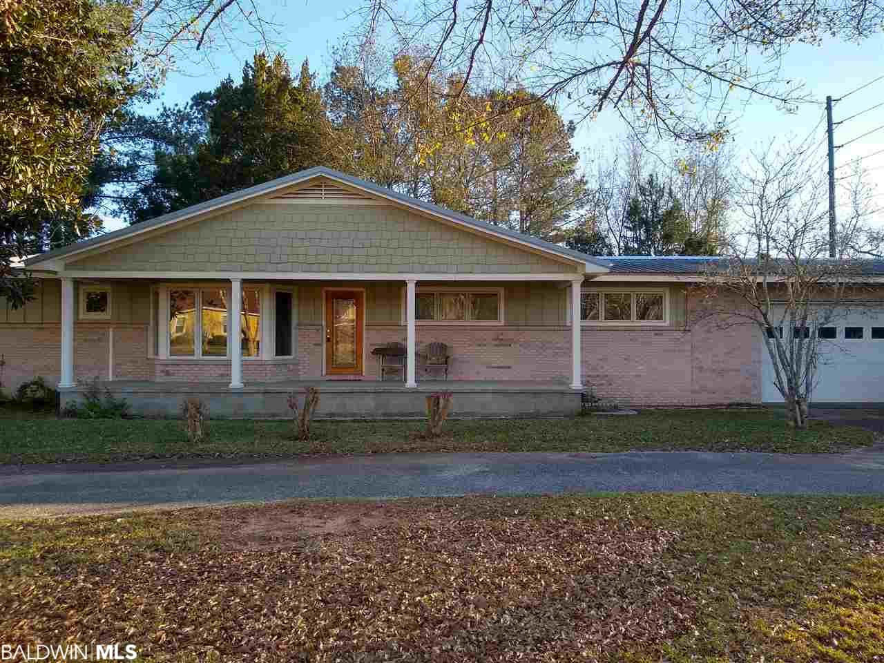 16020 2nd Avenue, Silverhill, AL 36576