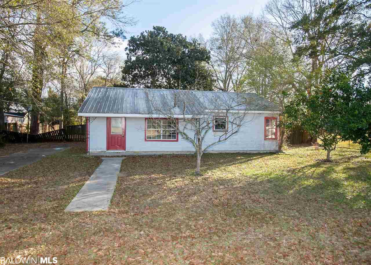 18106 Mimosa Avenue, Robertsdale, AL 36567