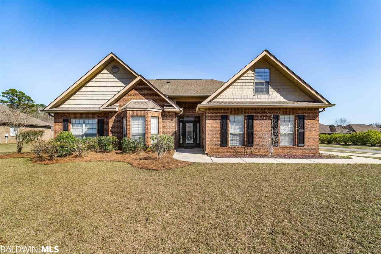 451 Swaying Willow Avenue, Fairhope, AL 36532