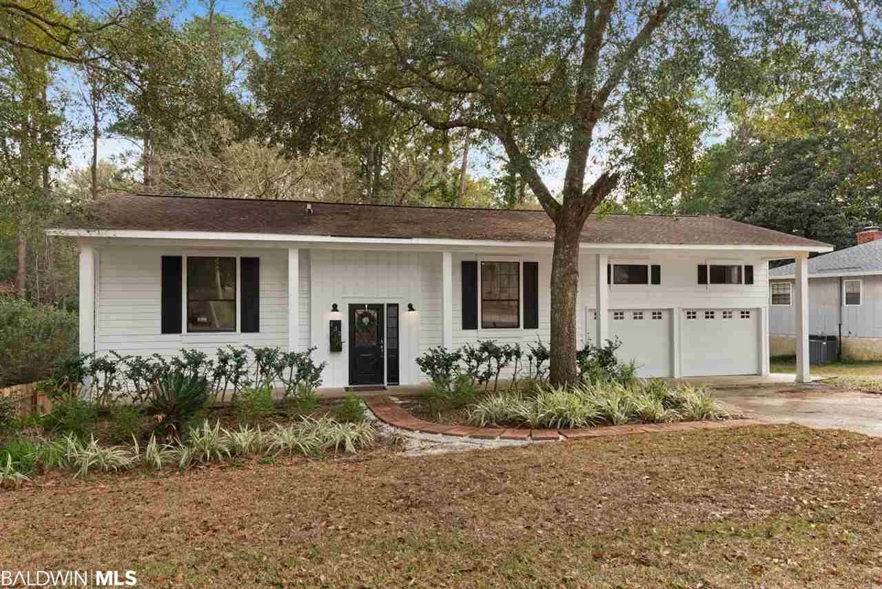132 Buena Vista Drive, Daphne, AL 36526