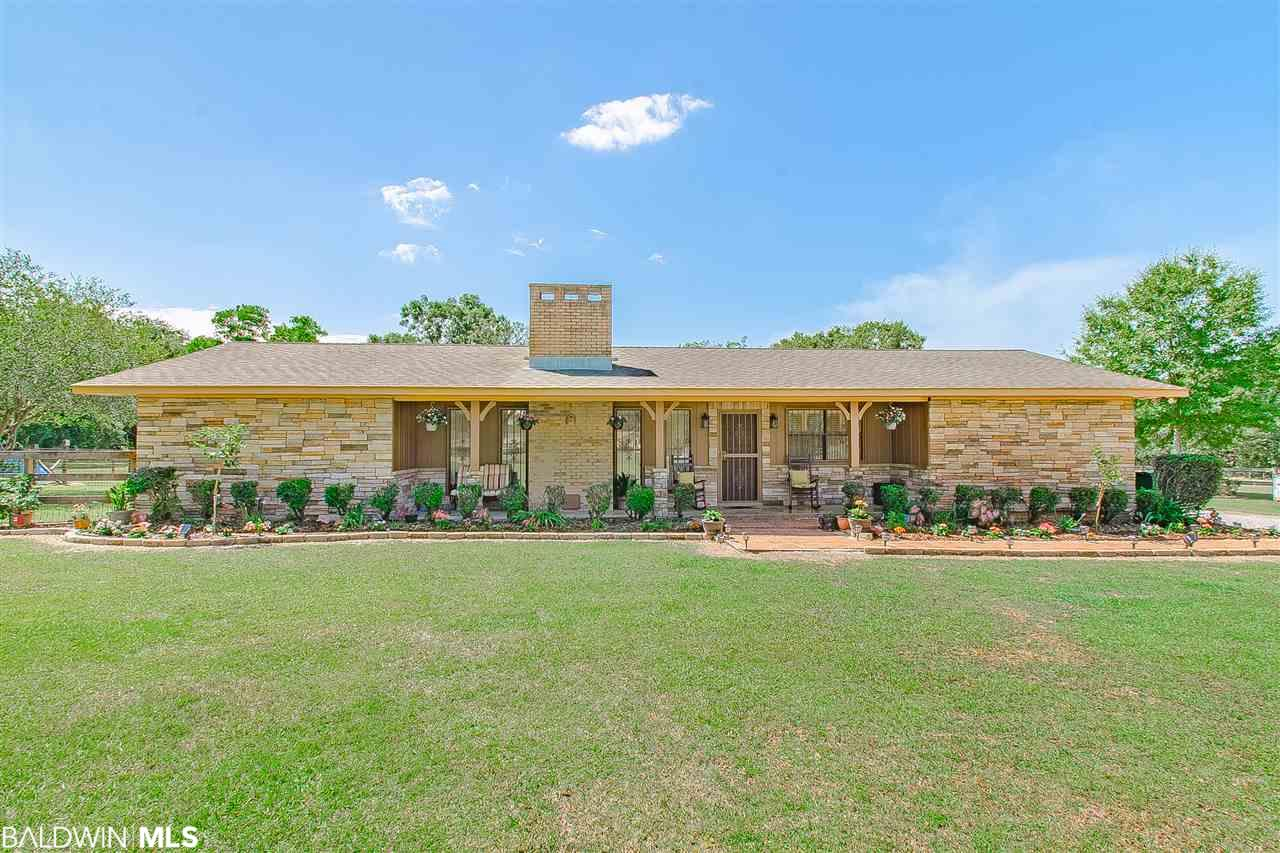 7601 Old Pascagoula Rd, Theodore, AL 36582