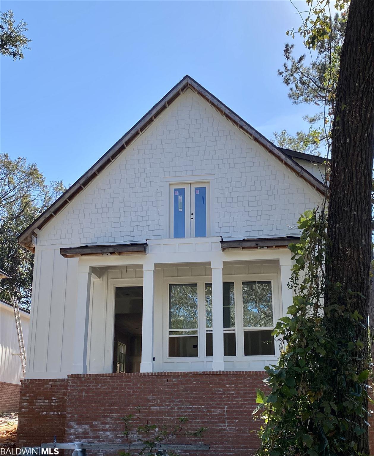 402 Church Avenue, Daphne, AL 36526
