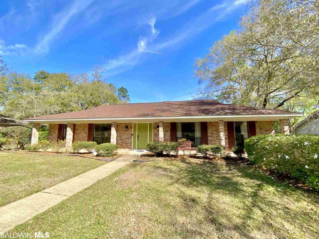 6216 Burntwood Drive, Mobile, AL 36609