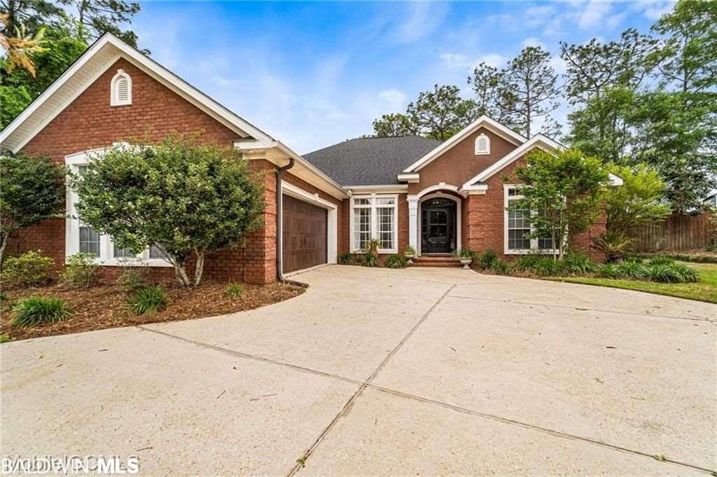 8425 Chapel Hill Court, Mobile, AL 36695