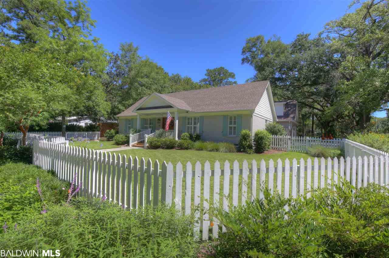 257 Fig Avenue, Fairhope, AL 36532