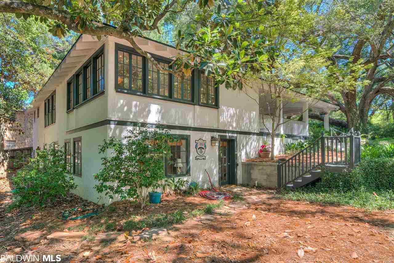 651 Johnson Avenue, Fairhope, AL 36532