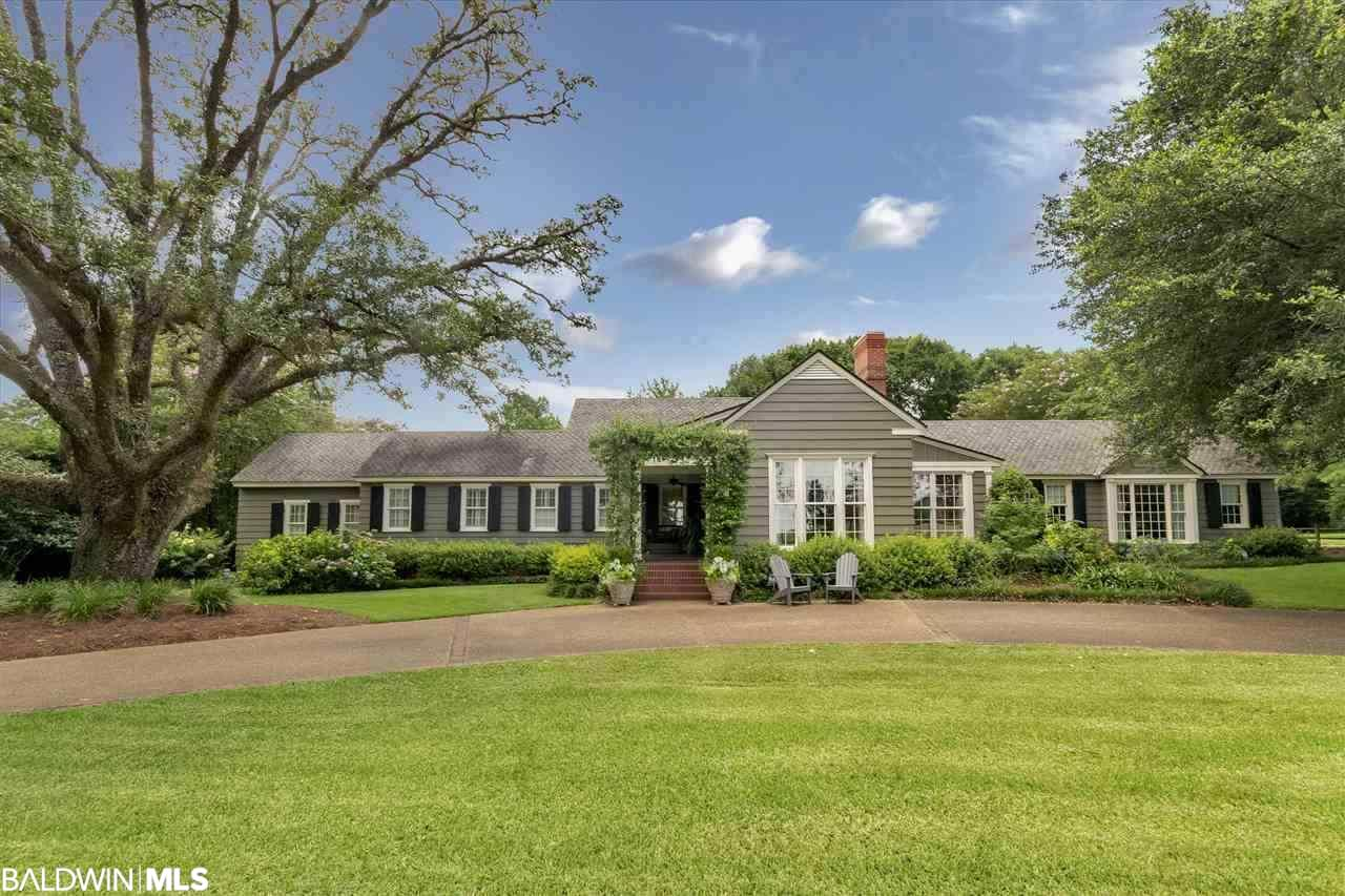 20 Country Club Road, Mobile, AL 36608