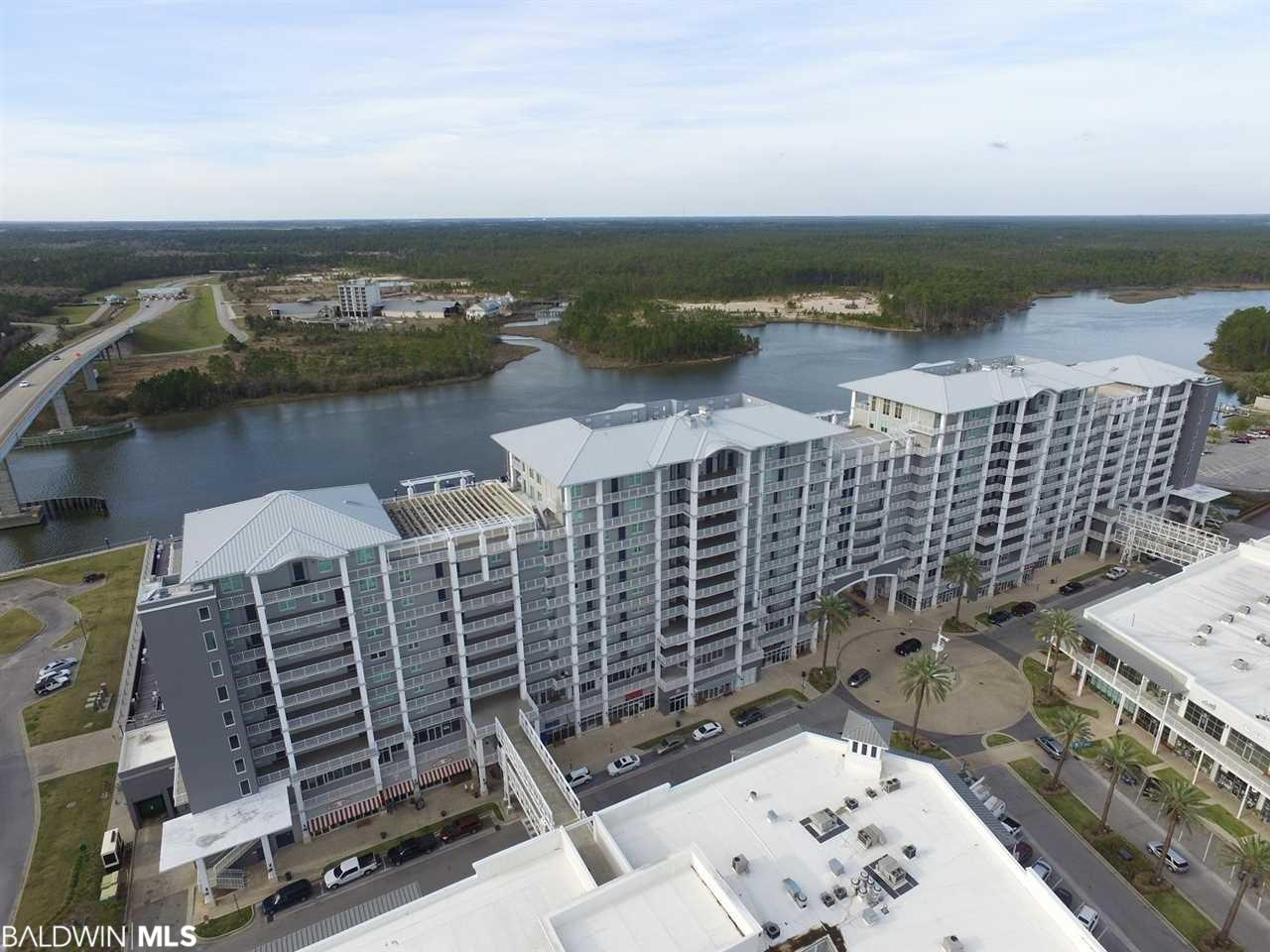 1 bed, 1 bath unit w/ hall bunks. Granite counters in kitchen and bath, SS appliances including a gas range. Bathroom features a jetted tub/shower combo. Gas grill on balcony w/ great marina views. Assigned parking on 3rd level of parking garage and fabulous amenities!