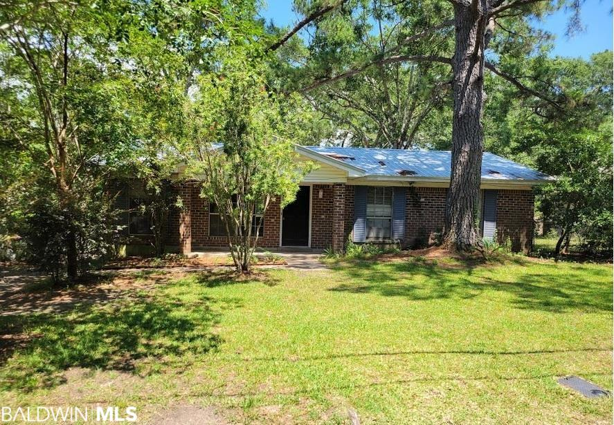 Great house to raise a family or make as a rental.  Quite neighborhood. Big back yard with fence.  Needs some updating.