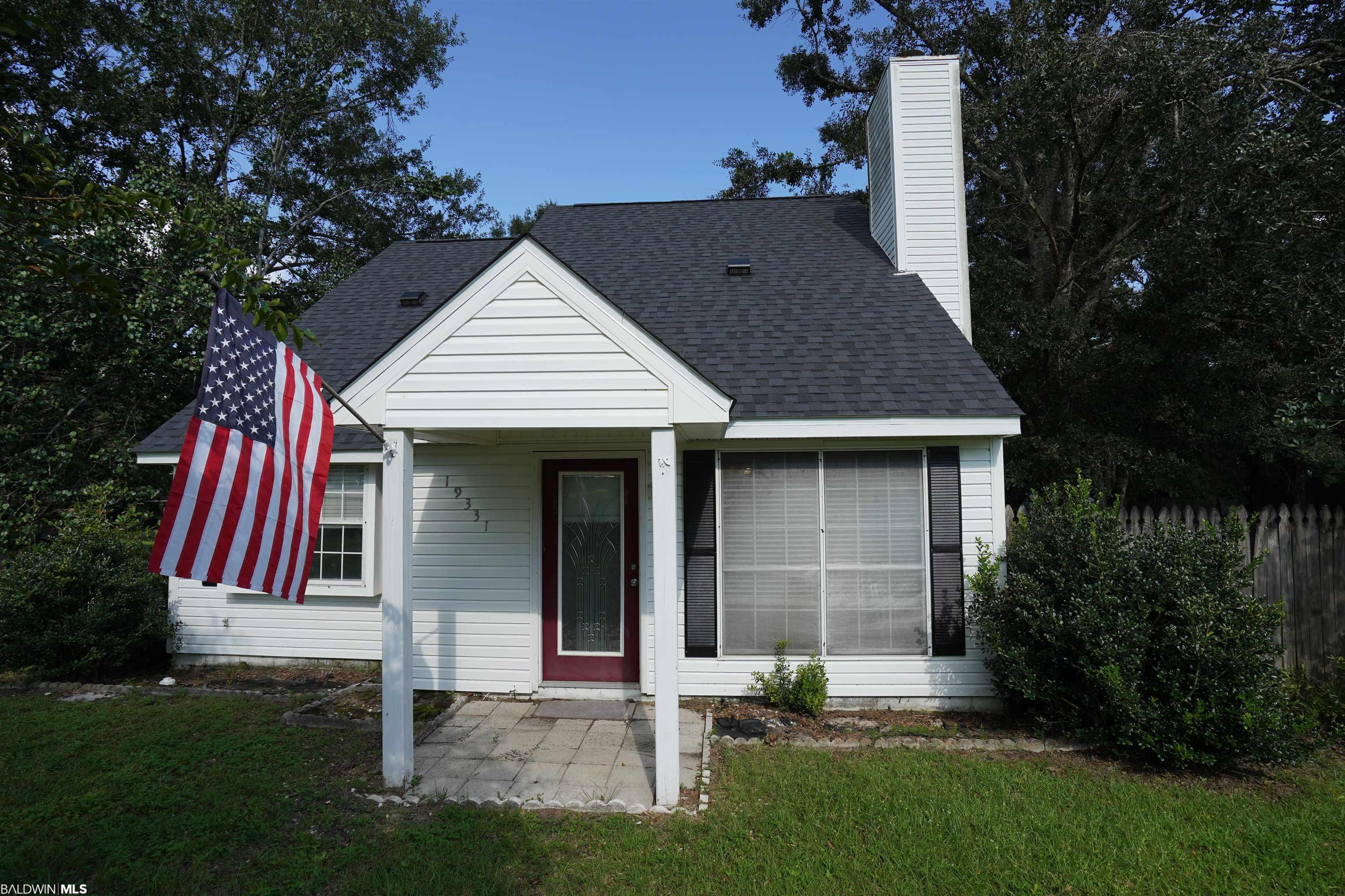 Quaint 3 bed, 2 bath cottage in a quiet neighborhood. Located within walking distance to Robertsdale Elementary School and a short drive to Historic downtown and all that it has to offer, such as some of the areas finest dining, shopping and the highly regarded both Garrett and the Honey Bee Parks. Also, close to the biking and hiking trails. This home features plenty of natural lighting and a fireplace in the large great room. Upstairs is reserved for the spacious primary bedroom, bathroom and walk in closet. The kitchen/ breakfast nook leads out to the large screened in porch overlooking the calming natural landscape. Perfect for entertaining guests and/or to relax at the end of the day with your favorite beverage.