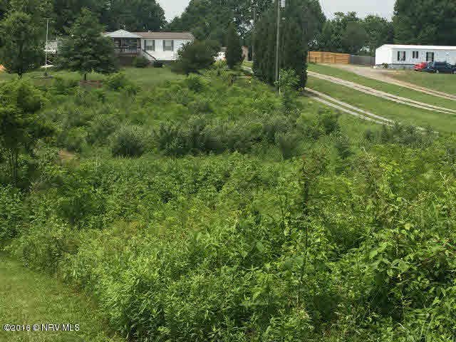 NICE HALF ACRE LOT THAT IS PRICED TO SELL. LOCATED CLOSE TO THE TOWN OF RURAL RETREAT, SHOPPING AND SCHOOLS. ELECTRICITY IS AVAILABLE.
