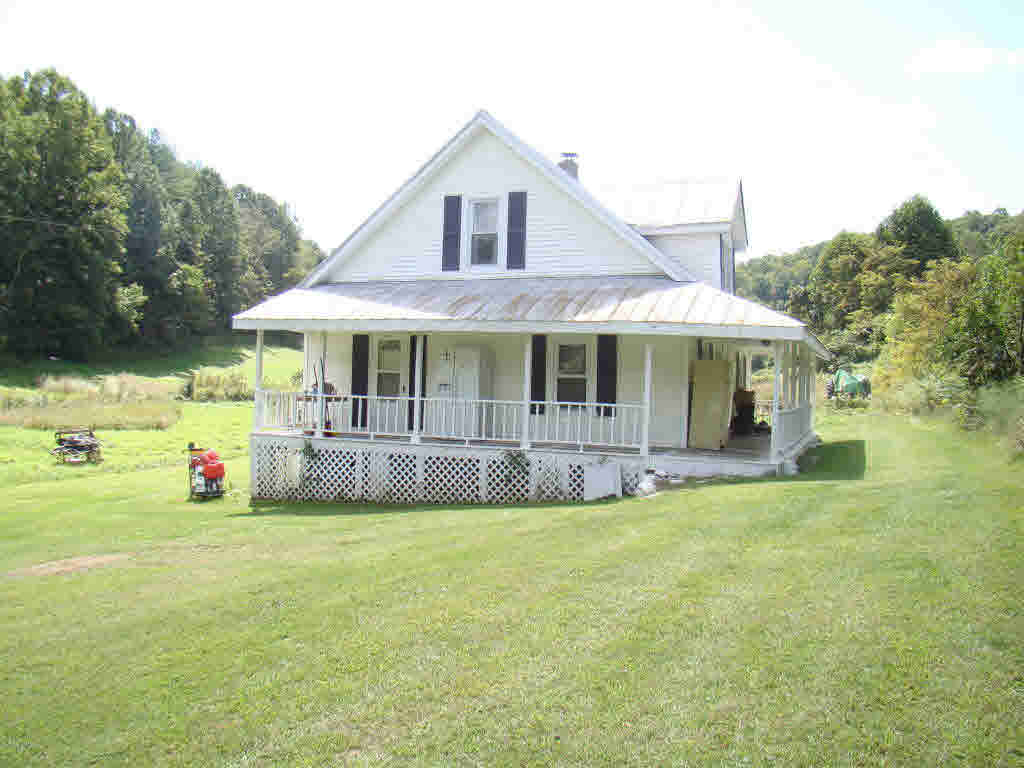 Older farm house with 5 acres located less than a mile to I-77 and highway 52. Home features: 3 BR, 1 BA, 1287 sq. ft. Newer paint throughout the house. Nice, bold creek running through property. Could be used as a 4 bedroom home. Great Location!