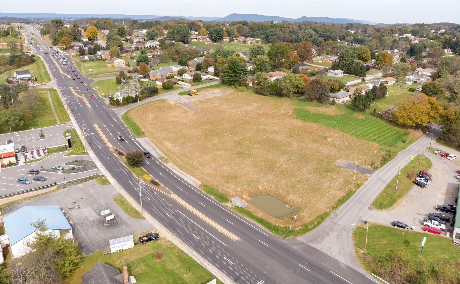 Remarkable Town site that is zoned B3. This zoning allows for multiple uses. Road frontage on F. Franklin St, Church St and Lucas St. The site is pad ready to build on with high visibility. The location is convenient to the 460 By Pass as well as Blacksburg and Radford. This lot is a find within the Town limits.