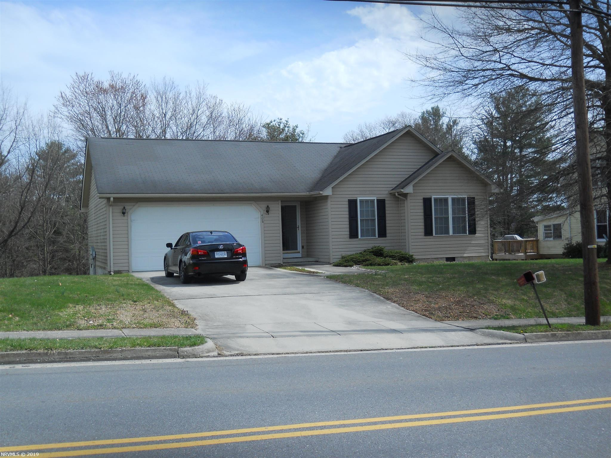 IMMACULATE BEAUTIFUL 3 BEDROOM ONE LEVEL DUBLIN RANCH HOME. LOCATION LOCATION, LOCATION!  CLOSE TO RADFORD, BLACKSBURG AND PULASKI !  Move in ready! 2 car garage .Private back yard!  Maintenance free exterior. Open floor plan! Heat Pump,