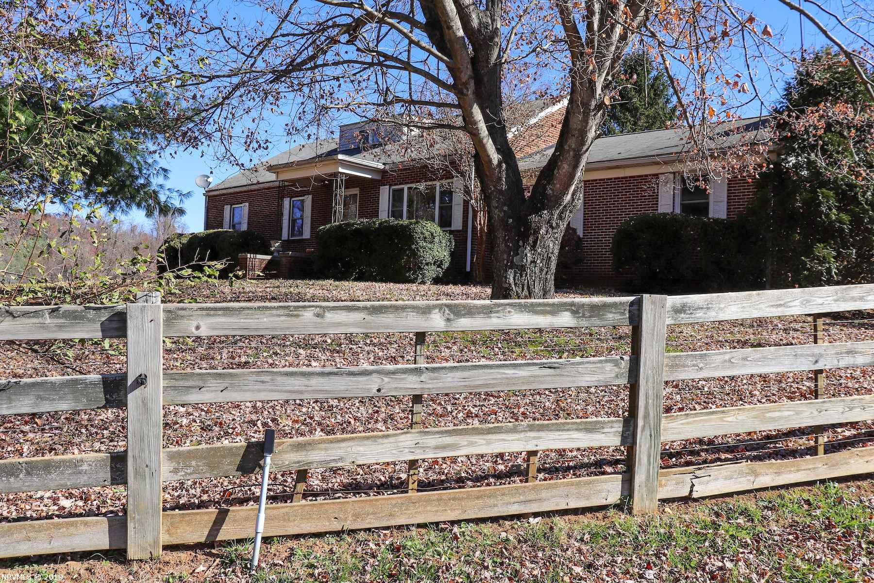 Sweet Country Home in Floyd County! This home is settled on a little over 30 acres - great farm property! Beautiful spacious living room/family room as you come in the side door. This room features a gorgeous brick gas log fireplace to keep you and your loved ones warm on those cool fall and winter nights. Really nice in-ceiling lights around the room and big windows for natural light. Step up into the kitchen which has tons of counter space! Very bright and welcoming kitchen area. Off of the kitchen is another large family room or potential dining room. Large master bedroom with plenty of space to relax from a hard day of work on the farm. Upstairs you will find a potential 4th loft style bedroom and a full bath. 4 stall barn, fenced pastures & wooded ac. for hunting or recreation!