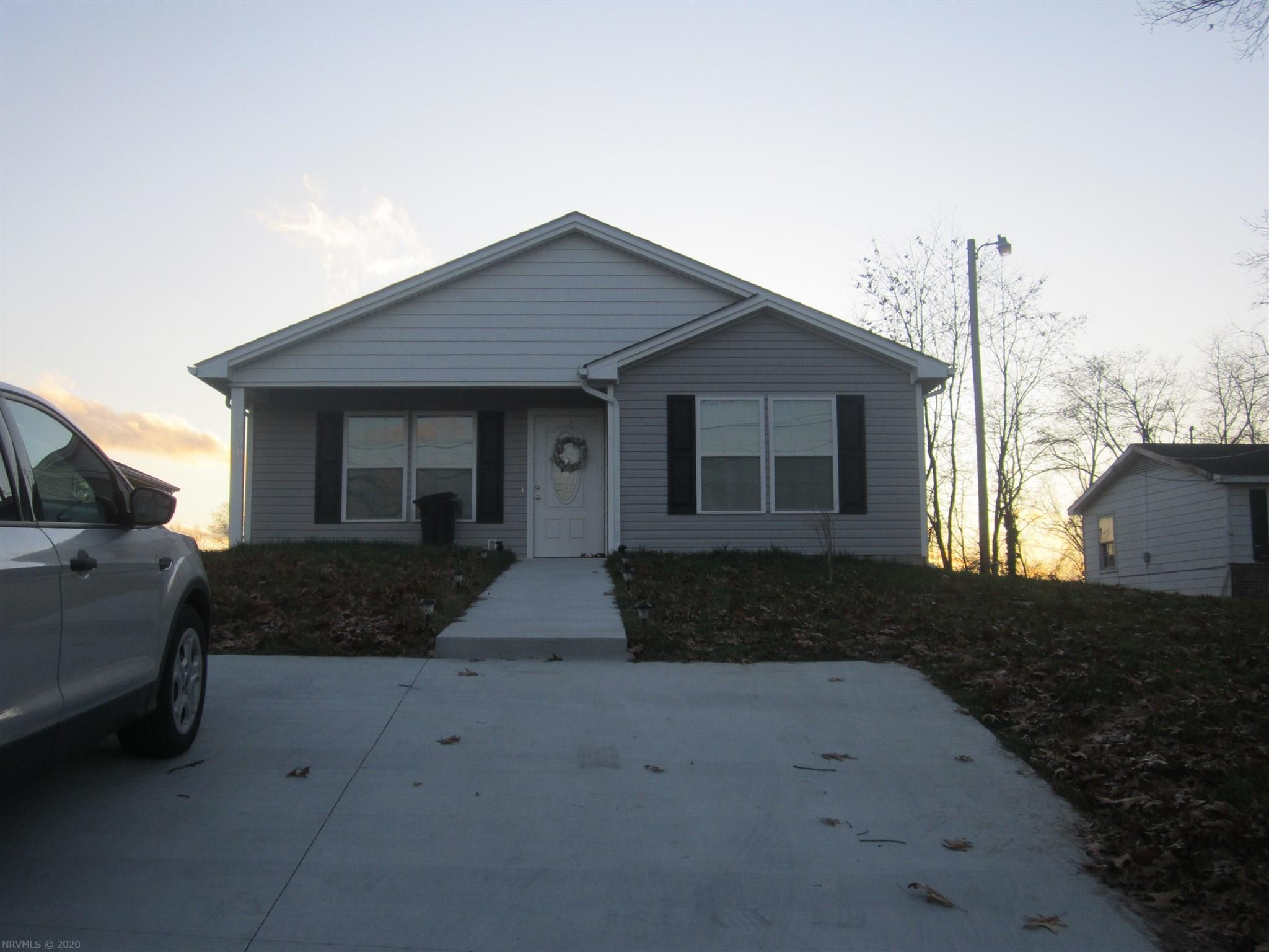 New Construction, Nice 3 Bedroom 2 Bath House. This Home offers an open Floor Plan and has 1,500 finished square feet. The Concrete Driveway and Covered porch makes for a nice added bonus. There is also a big deck around back that offers some privacy.