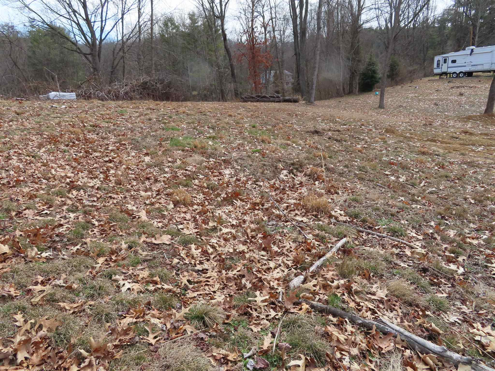 Cleared (Approx.) 1/2 acre in Lakeview Subdivision - Pulaski Co. - water view lot located on a cul-de-sac. Survey on file, septic and well approved. Deeded boat slip. Absolutely ready for someone to purchase and build!!  Be ready to enjoy the lake this summer!!!!