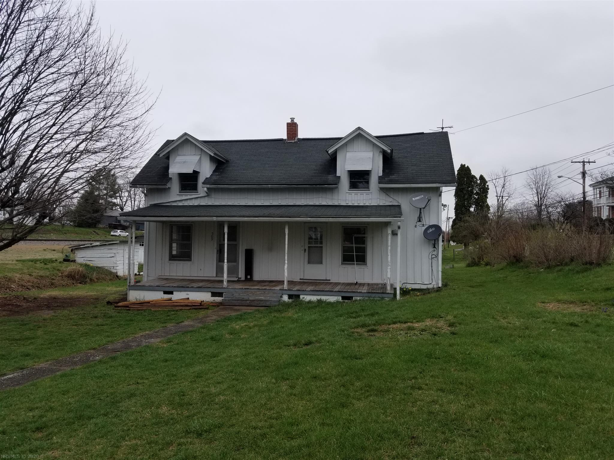 Great opportunity in the heart of Dublin! Fantastic home for investment or first-time buyers. Solid home with a newer gas furnace and hot water heater. Nice hardwood flooring upstairs and down, large rooms, 200 amp panel box, main level laundry and master, large covered front porch and outbuildings. You won't find a better value in this market!