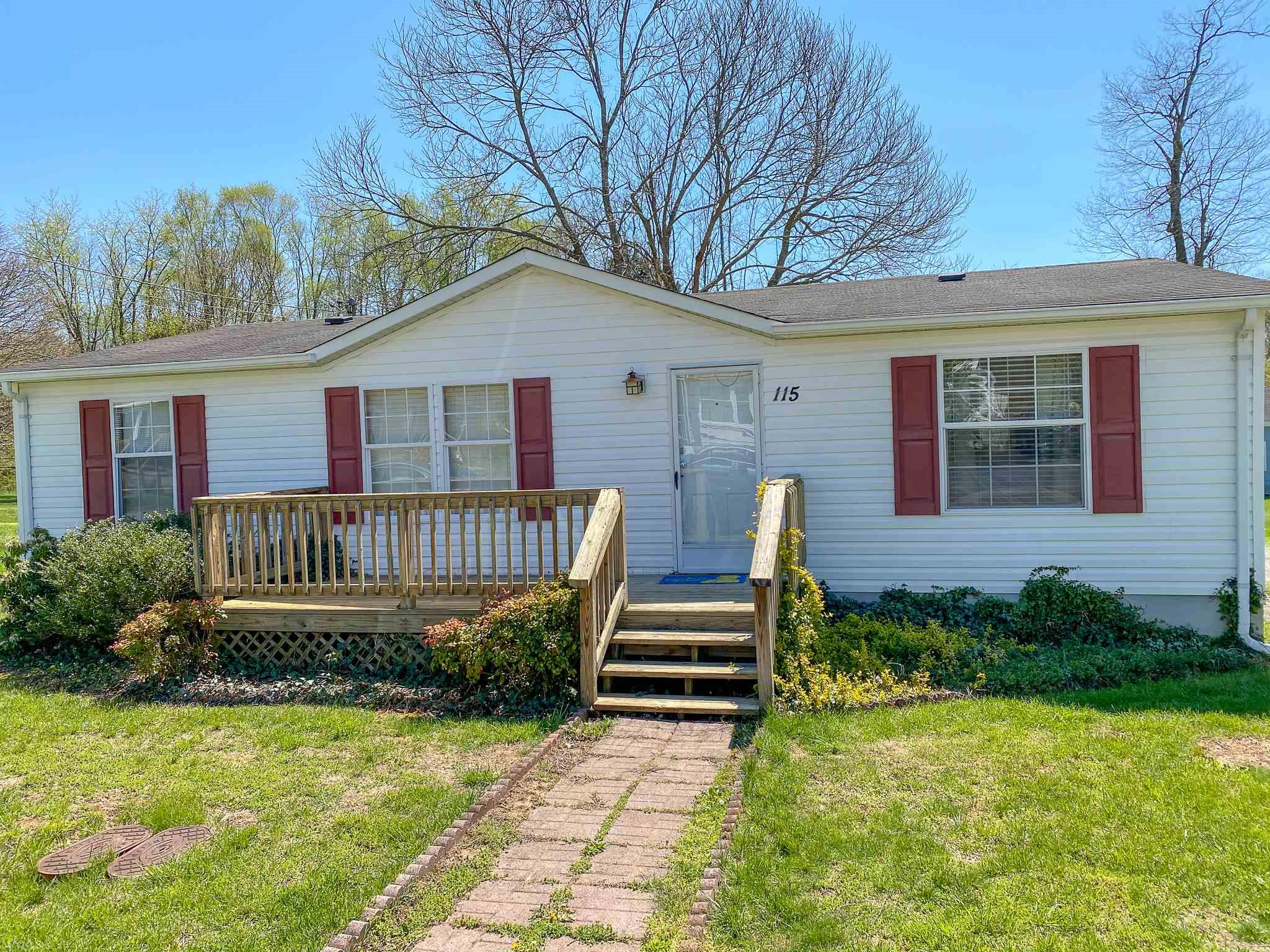Come check out this very well kept 3 br, 2 bth double wide in the heart of Pembroke, VA. Just minutes from the cascades and walking distance to local restaurants and parks. This is the perfect starter home for the first time homebuyer or a family. Quiet street with great neighbors!