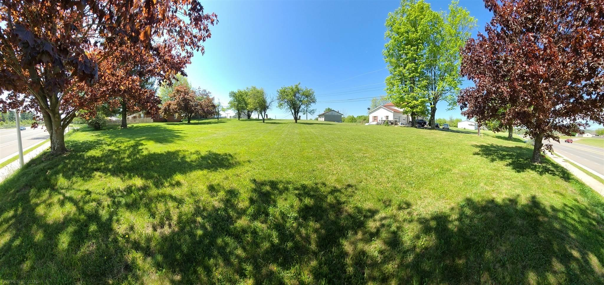 Exciting opportunity to build your dream home in a great location! Nice lot right off Peppers Ferry, in close proximity to all the shopping & dining Christiansburg offers. Only a short drive to both Radford and Blacksburg!