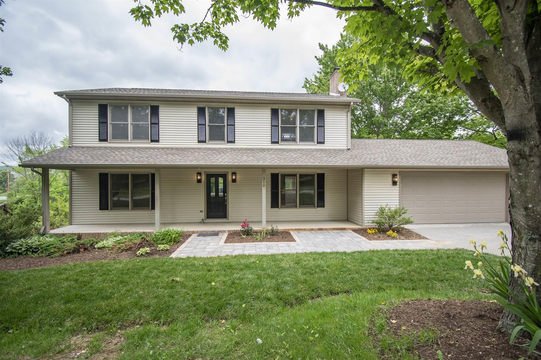 Very spacious home right in Blacksburg that has been completely remodeled. Granite counter tops in the kitchen , stainless steel appliances, Tile shower and walk in closet in the master, this home has so much space for a family or entertaining.  Featuring nice patio and gardening area, fenced yard and  two car garage.