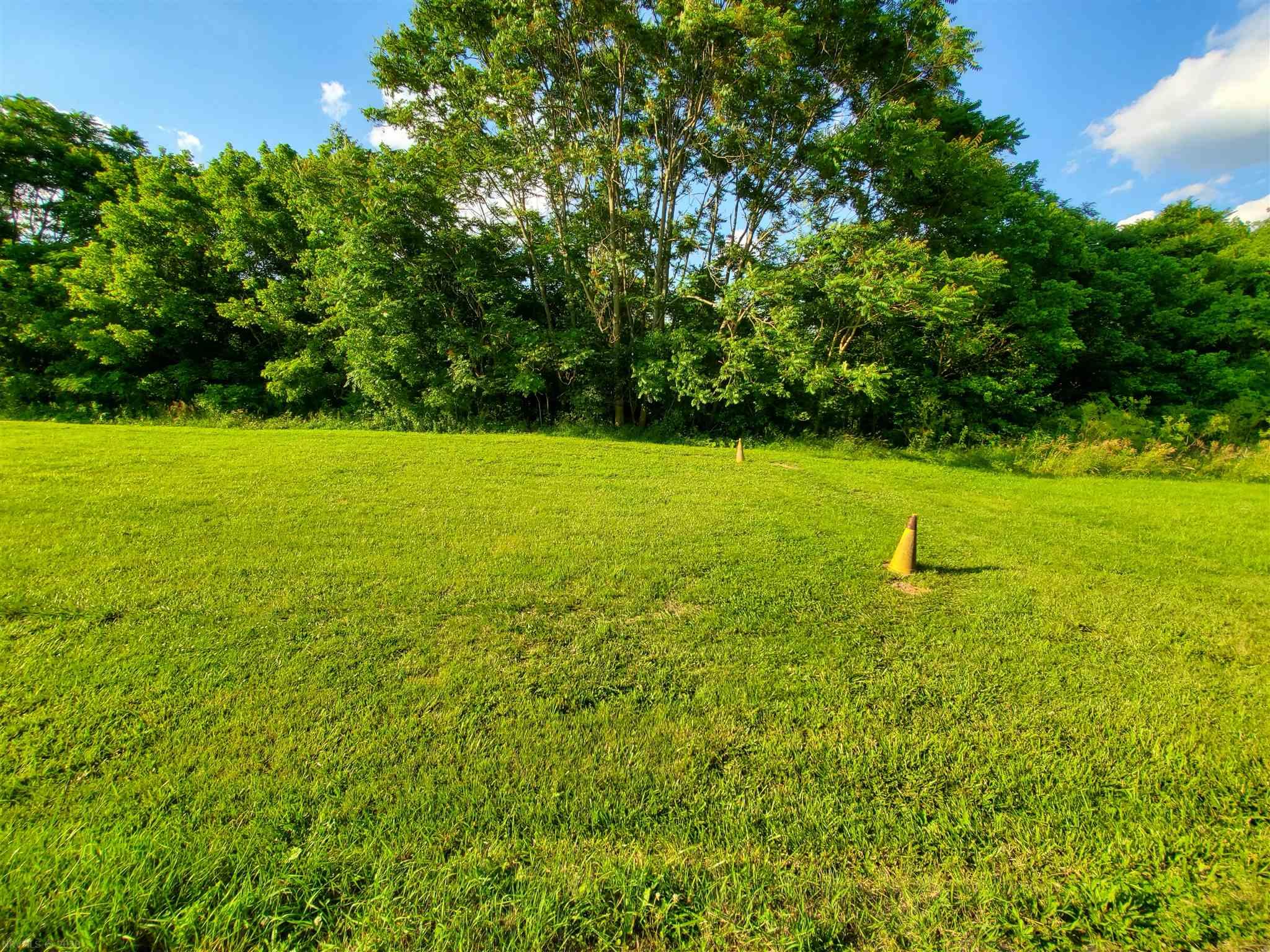Commercial lot conveniently located in Radford. Being minutes from Radford University and Downtown Radford, this lot has great potential! Adjoining 1.0 acre lot also listed for $99,000.