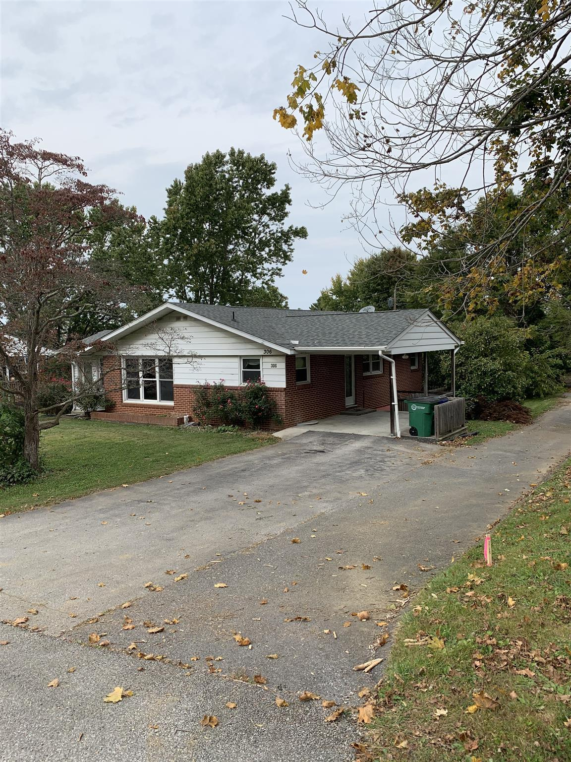 This home is located in the heart of Christiansburg. With three bedrooms and three full baths, this home has a lot of possibilities. Nice front and back yard with larger out building to store all your tools. Come by and take a look!