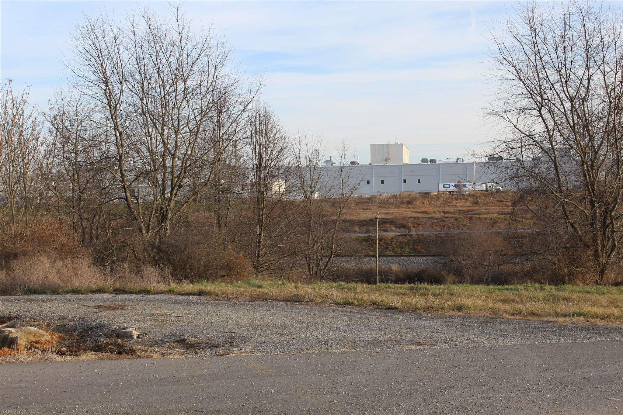Ideal commercial land in Pulaski County Industrial Park near I-81, Volvo, FedX, Beamer World, LH Corporation, Phoenix Packaging and ready to build your  Industrial business property.