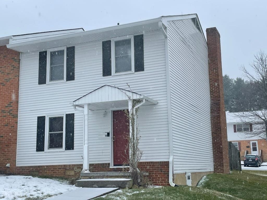 This is an end-unit 3 bedroom townhome in the heart of Blacksburg with the First & Main shopping center and restaurants nearby. It is in the friendly neighborhood at Carriage Hill, with Nellies Cave Park within walking distance. Open living/dining space with hardwood floors, gas-fireplace and walk-out to fenced-in composite deck, great for entertaining.   Newer appliances include an electric range and dishwasher. Recently replaced HVAC system.  Rented to a great tenant until July who would like to stay if possible.