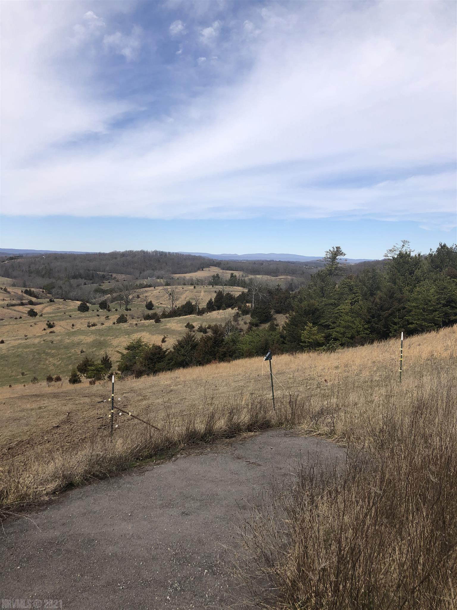 Been looking for land for a new place with enough space to raise a few head of cattle or horses.  Not to mention build your perfect home with great views of SW Virginia?. Look no further.