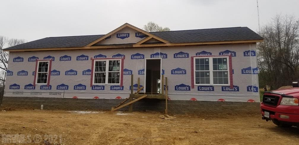 Under Construction. Call Listing Agent to show!! Use caution when on site. Open floor plan. 3 bedroom 2 bath ranch with large yard. Granite counter tops in kitchen and bathrooms.