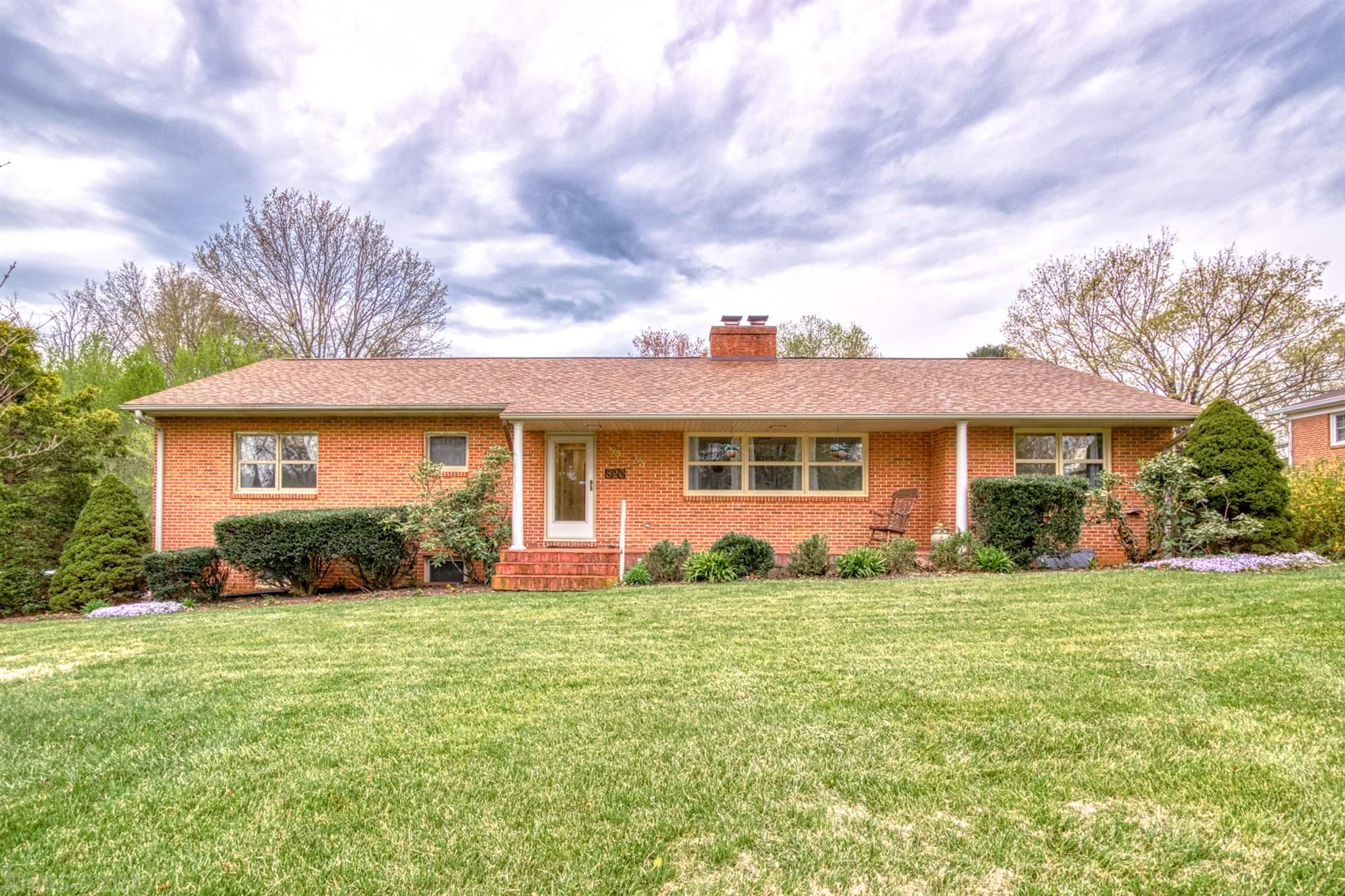 Check out this fantastic home in Popular McBryde Village!  This spacious brick ranch sits on a corner lot and is close to all the conveniences of Blacksburg. Four Bedrooms, three baths, large rooms plus a 2 car garage and private yard all add to what it has to offer. Roof and gas furnace upgrades were done in 2016. This home has lots of hardwood and tile flooring. The large kitchen has solid surface counters.  The floorplans are included in the list of photos.