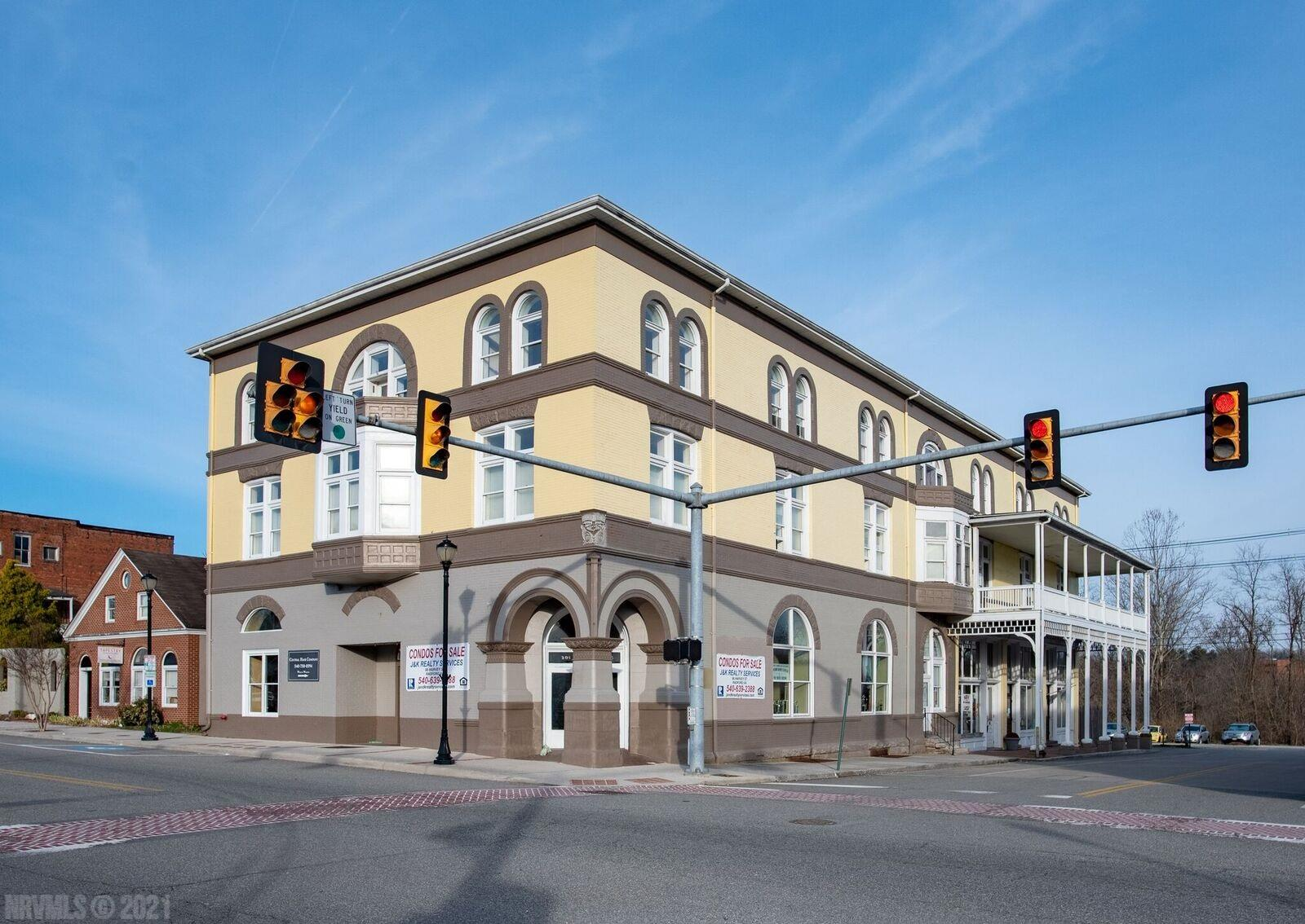 Beautiful restored historic building with 19 Condo Units that include an Efficiency, 1, 2 or 3 Bedrooms. Building is equipped with Elevator as well as indoor and outdoor stairwells. Great location in Radford within walking distance to stores, restaurants and Bisset Park.  Short distance to Radford University.  Ideal for owner living or investment with great rental history.    Historic Building that was completely renovated in 1980 to single apartments suited for condo living.  The unit includes all appliances plus washer and dryer. Walk in closet, tall ceilings and large windows.