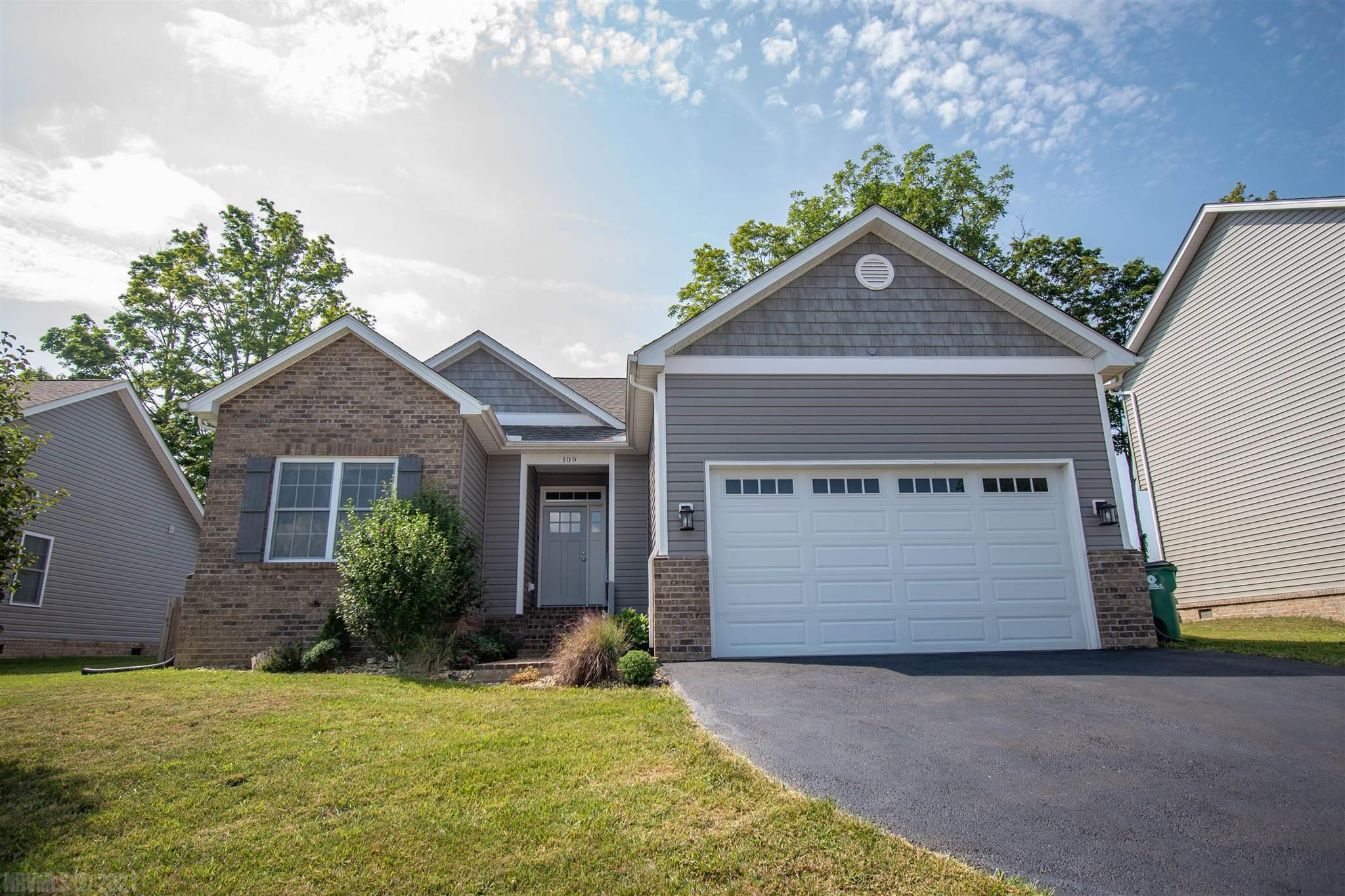 One owner, single-level layout home in a desirable Blacksburg location! Designer kitchen with granite  counters and plenty of bar space.  There are stylish hardwoods in open living areas, gas fireplace, 9 foot ceilings and a tray ceiling in the master.  The home is freshly painted and move in ready. Relax on the private back patio that overlooks a farm.    Washer, Dryer and Gas Grill are all included.