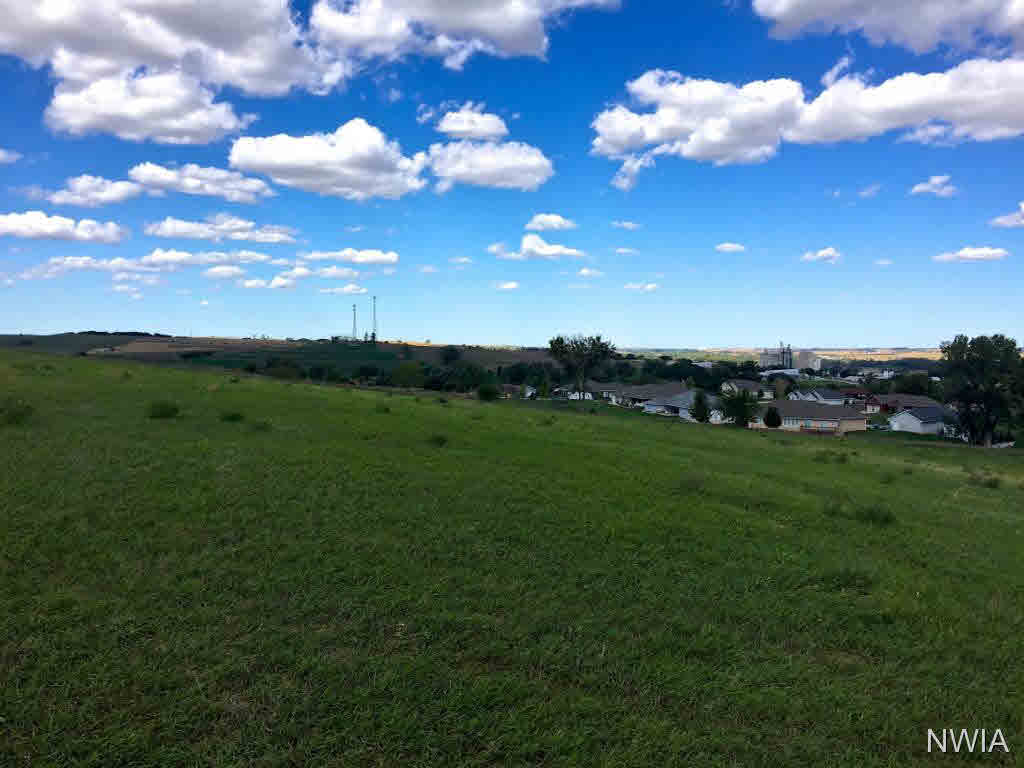 Property for sale at LOT 25 Blackhawk Ridge, Hinton,  Iowa 51024