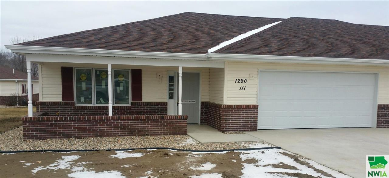 Property for sale at 1290 2nd Ave Se Unit: 111, Lemars,  IA 51031