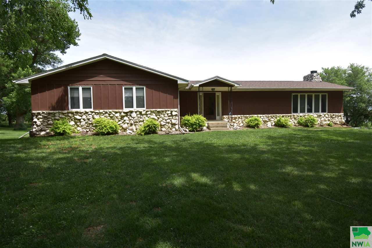 Property for sale at 1936 Hancock Ave, Moville,  IA 51039