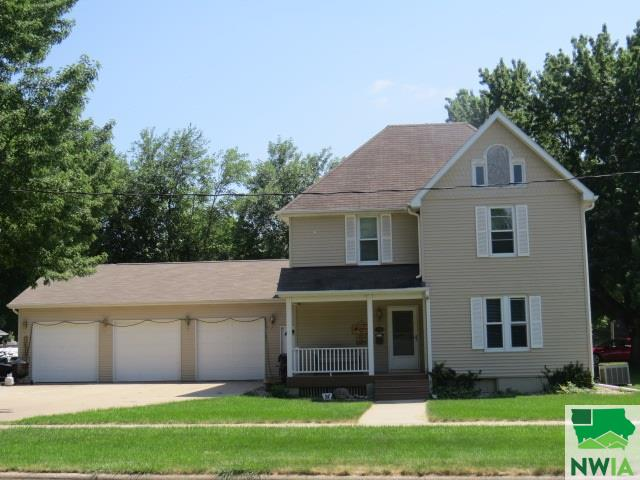 Property for sale at 126 SW 8th St., Lemars,  IA 51031