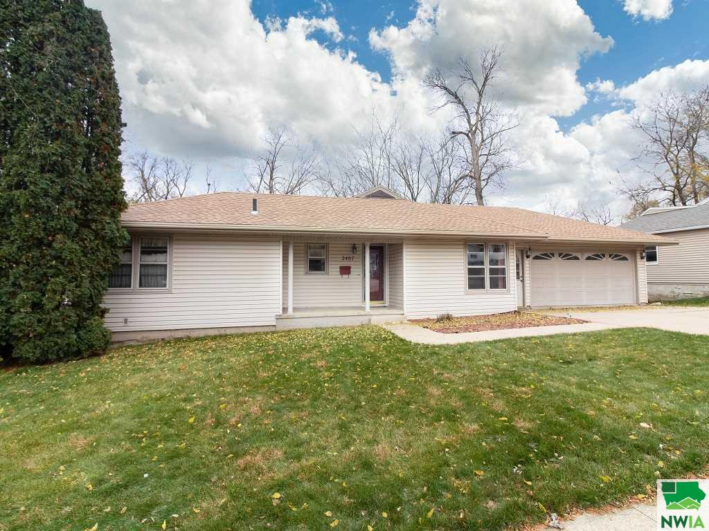 Property for sale at 2407 S Palmetto, Sioux City,  IA 51106