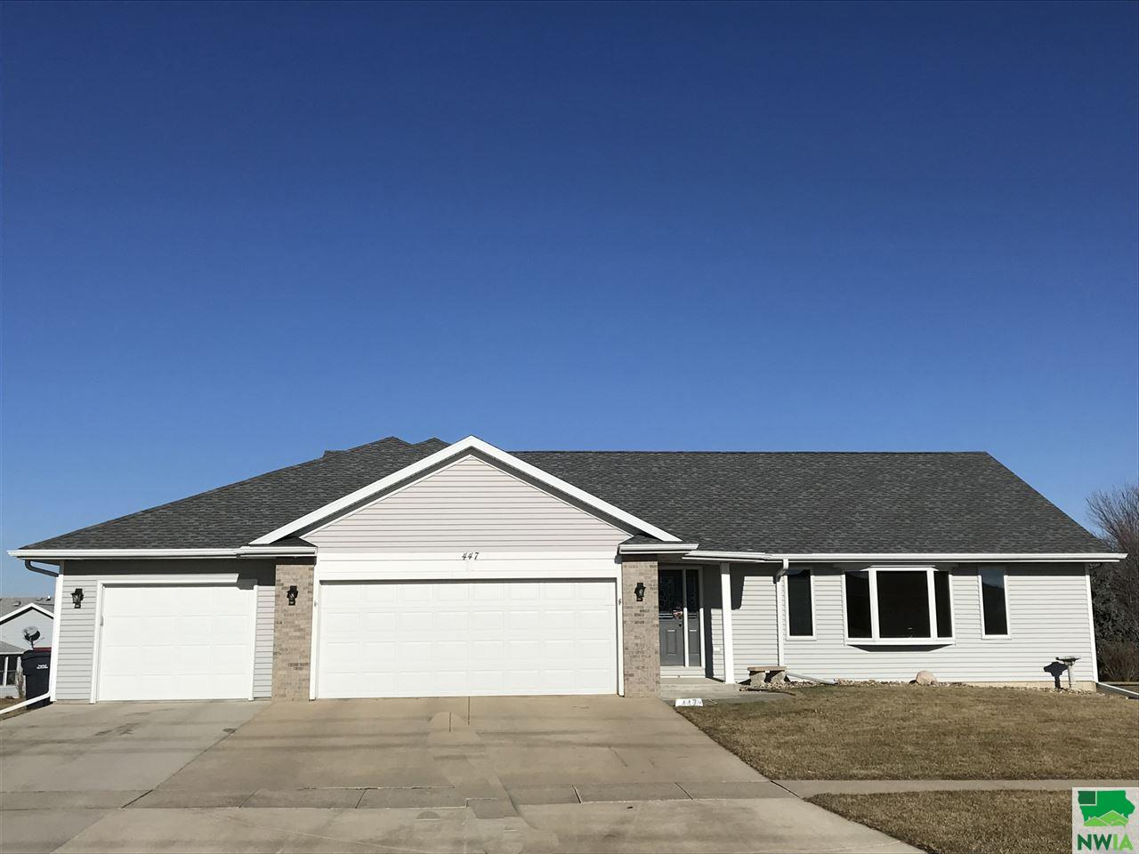 Property for sale at 447 18th St Se, Lemars,  IA 51031