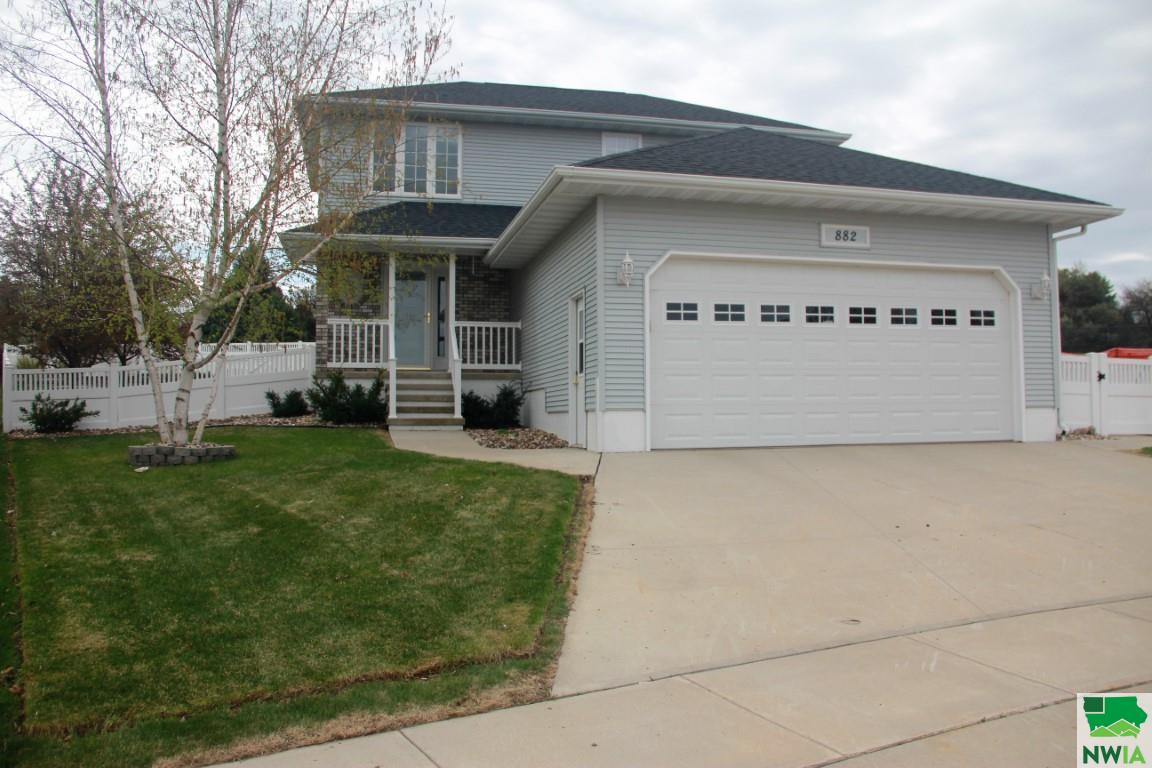 Property for sale at 882 Ann Ave, Lemars,  IA 51031