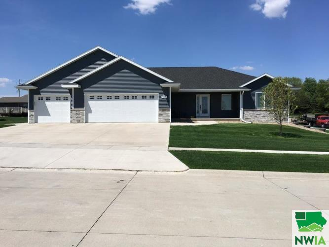 Property for sale at 517 19th St Se, Lemars,  IA 51031