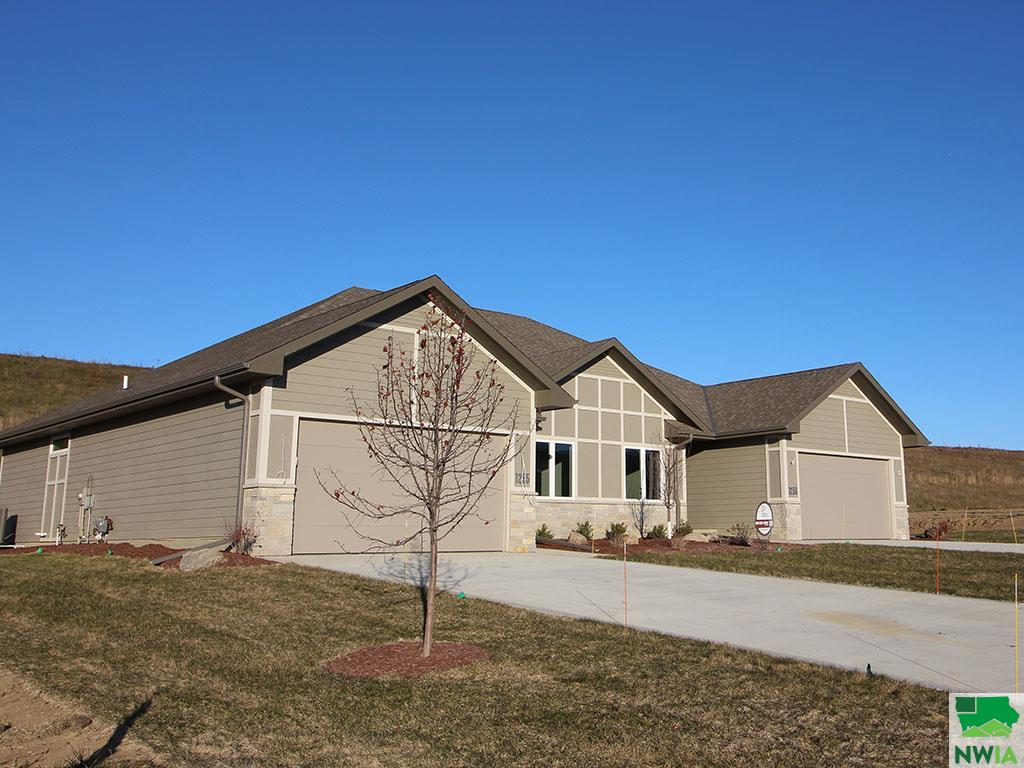 Property for sale at 1235 Blackhawk Unit: Ct., Hinton,  Iowa 51024
