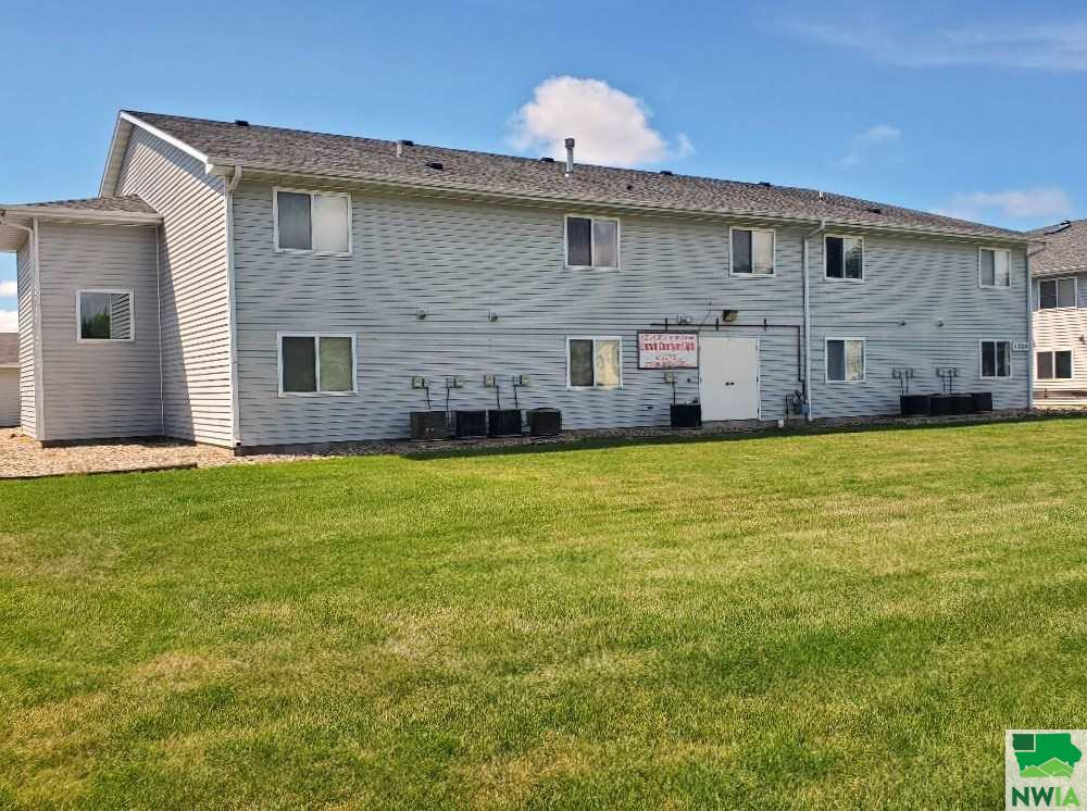 Property for sale at 1305 Lincoln, Vermillion,  SD 57069
