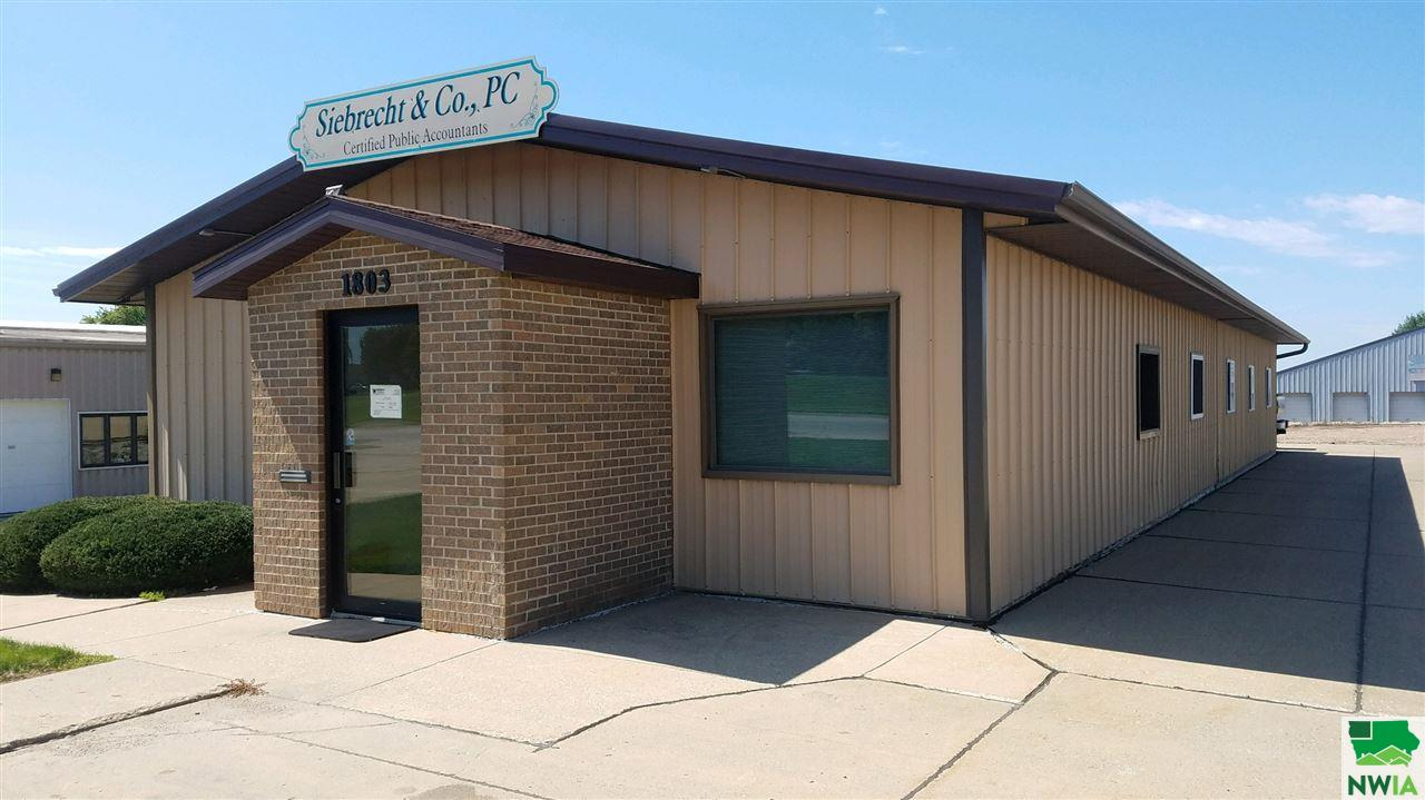 Property for sale at 1803 S Main Ave, Sioux Center,  Iowa 51250