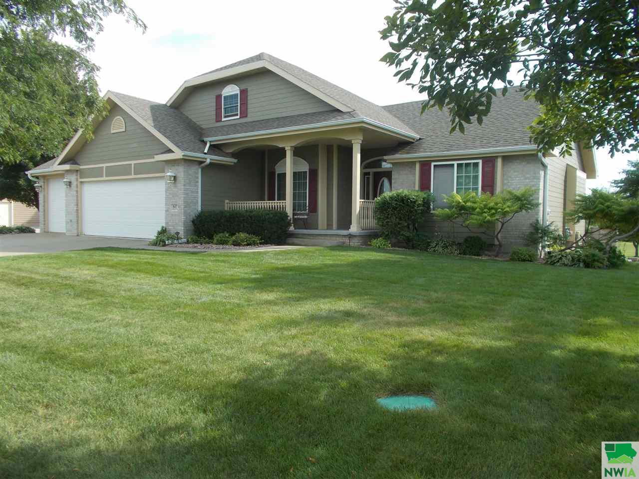 Property for sale at 847 Brookside, Jefferson,  SD 57038