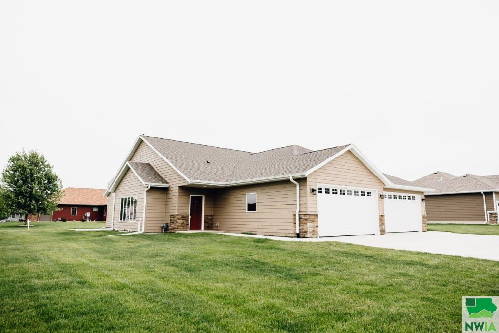 Property for sale at 803 Glen Dr, Moville,  Iowa 51039