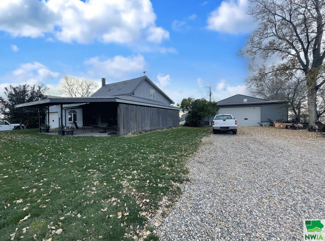 Property for sale at 31937 477 Ave., Elk Point,  South Dakota 57025